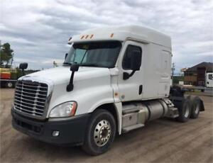 4 AVAILABLE! 2014 Freightliner Cascadia