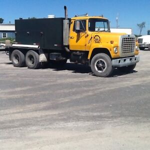 1983 Ford 9000