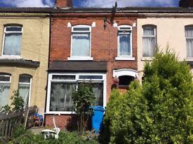 3 Bedroom House To Let. Lonsdale Street. HU3