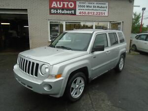 JEEP PATRIOT NORTH 4X4 2010 ** 111 000 KM - TRÈS PROPRE **