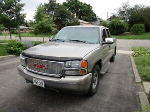 2002 GMC Sierra 1500 SLE Pickup Truck Uncertified
