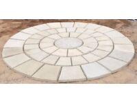 Compass rotunda decorative paving circle 8ft (2.5m) wide