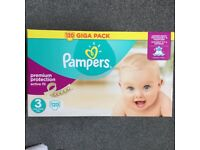 Pampers size 3 premium protection active fit 120 nappies
