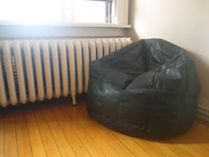 Good Full Size Black Bean Bag Chair