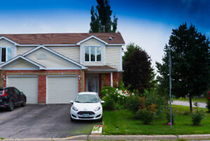 OPEN HOUSE *NEW PRICE* AUG 26 10:30-12 641 TACKABERRY DR