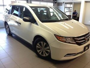 2015 Honda Odyssey SE/ 8 SEATER /RARE
