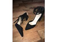 Women's fringe stilettos size 9