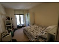 GREAT HOUSE IN HAMMERSMITH. DOUBLE BEDROOM . RENT INCLUDES ALL BILLS + WIFI INTERNET