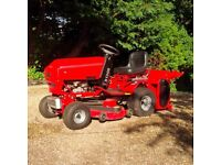 Westwood S1300, Ride on Mower with Grass Collector