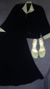 JACKET AND SKIRT SET (SIZE10) AND SHOES (SIZE 6 1/2)