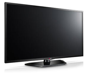 """LG 42"""" LED SMART TV with built in wi-fi"""