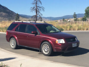 2006 Ford FreeStyle/Taurus X Leather SUV, Crossover