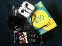 BlackBerry Curve 8520 - Black - Lock to Orange network £25 ONO