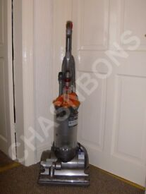 DYSON DC27 HEPA FILTER MULTI FLOOR BAGLESS UPRIGHT VACUUM CLEANER
