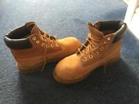 Size 3 timberlands