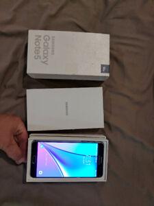 Samsung Note 5 32gb *UNLOCKED*!!!