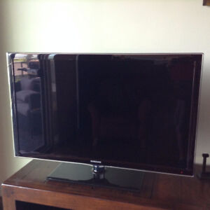 "Samsung 40"" LED 1080 Smart TV"