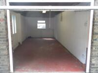 Garage to rent in STOCKWELL - AVAILABLE NOW! Good storage/parking for car! ONLY £200 PCM!
