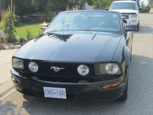 2006 Mustang GT Convertible only 77650 KM