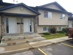 UPSCALE CONDO FOR SALE IN BLACKFALDS, 33 LEUNG PLACE