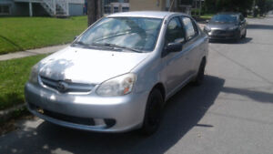 2003 Toyota Echo Berline négociable
