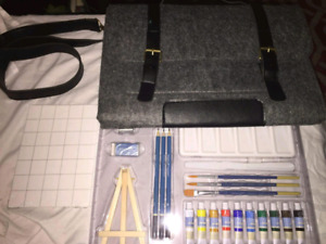 Artists loft painting kit on the go
