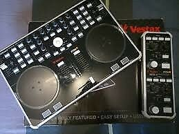 dj controller Vestax vci300 mark 2 and fx pad