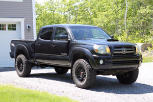 2010 Toyota Tacoma TRD Sport Double Cab Pickup Truck