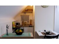 Double Loft bedsit / en-suite room in Leyton.5 minutes from new station Lea Bridge Road