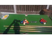 POOL/SNOOKER TABLE IN VERY GOOD CONDITION...**BARGAIN*