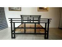 Black Metal Queen Size Bed Frame 001
