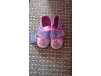 New!! Girls slippers size 9