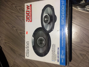 *NEUF*  2 Speakers 6x9 Clarion 350 watts+Amplie