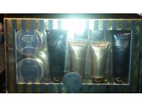 Grace Cole Luxury Gift Set. High quality Bath & Beauty set. 8 Full size items.