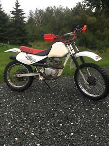 1998 Honda xr 100 dirt bike