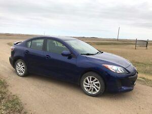 2012 Mazda3 gs sky