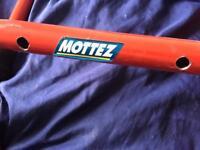 Mottez 3 bike wall mount