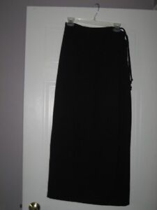 Reitmans long black skirt with side tie - ladies size 7