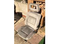 Audi coupe 80 front drivers seat ( grey cloth )