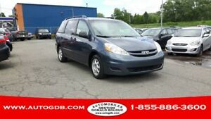 2009 Toyota Sienna CE  7 PASSAGERS
