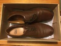 Clarks Mens Brogue Shoes Size 9 NEW