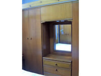 Meredew vanity unit, inc 2 wardrobes and CoD ref 10/24
