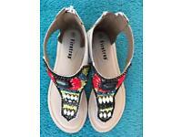 Size 6 firetrap sandals