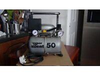 Super silent air compressor
