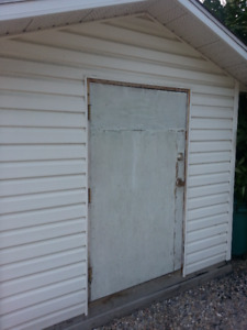 8x10 STORAGE SHED. Price reduced