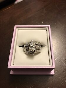 18k white gold 1.0ct princess cut wedding set