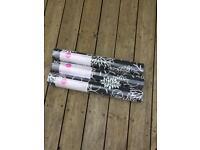 3 rolls of wallpaper