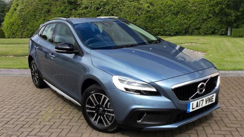 2017 Volvo V40 T3 150hp Petrol Cross Country Automatic Petrol Hatchback