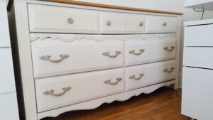 SOLID WOOD DRESSER & SIDE TABLE/ COMMODE & CHEVETS