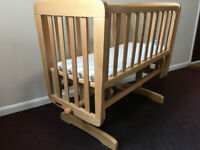 Mamas & Papas Glidding Crib